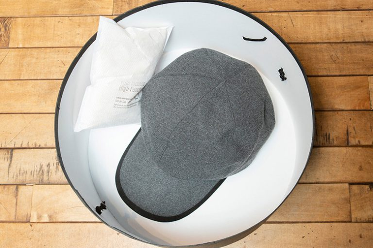 布素材の帽子